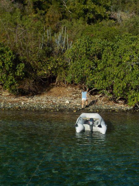 BVI - Peter Island Achterleine festmachen
